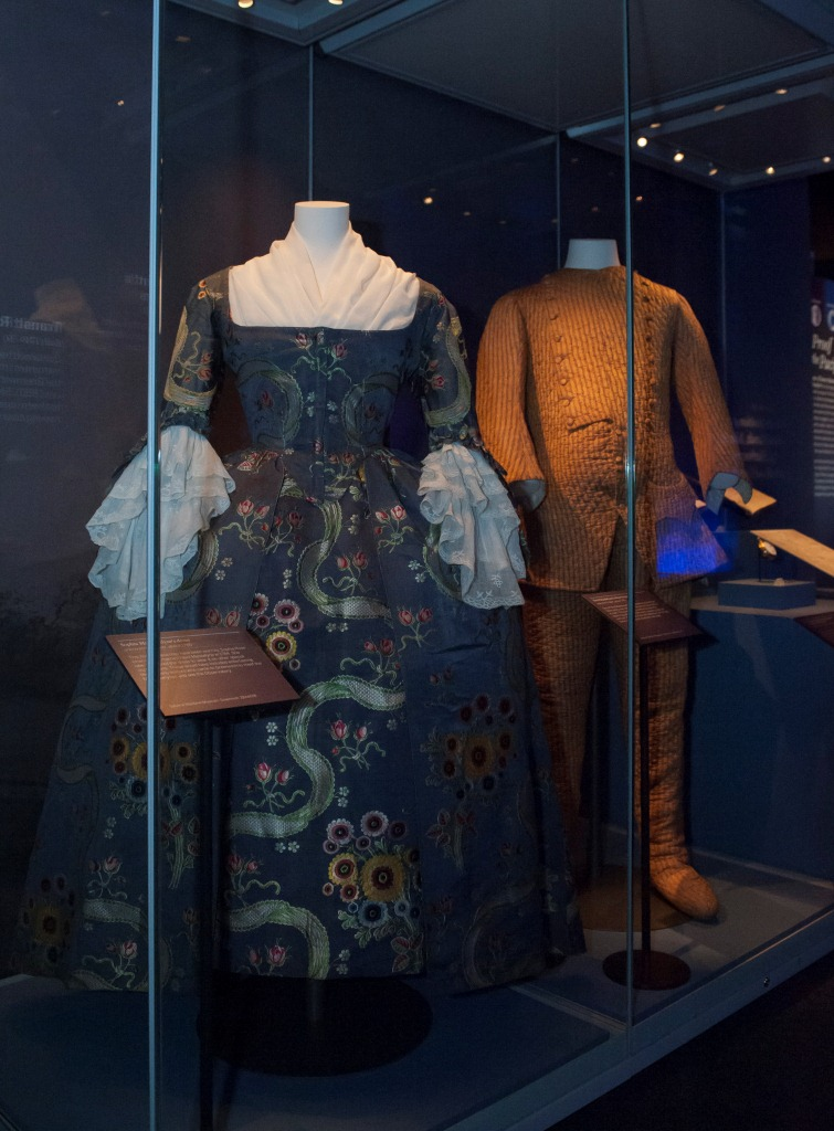 The dress and the observing suit on display. ©National Maritime Museum, Greenwich, London