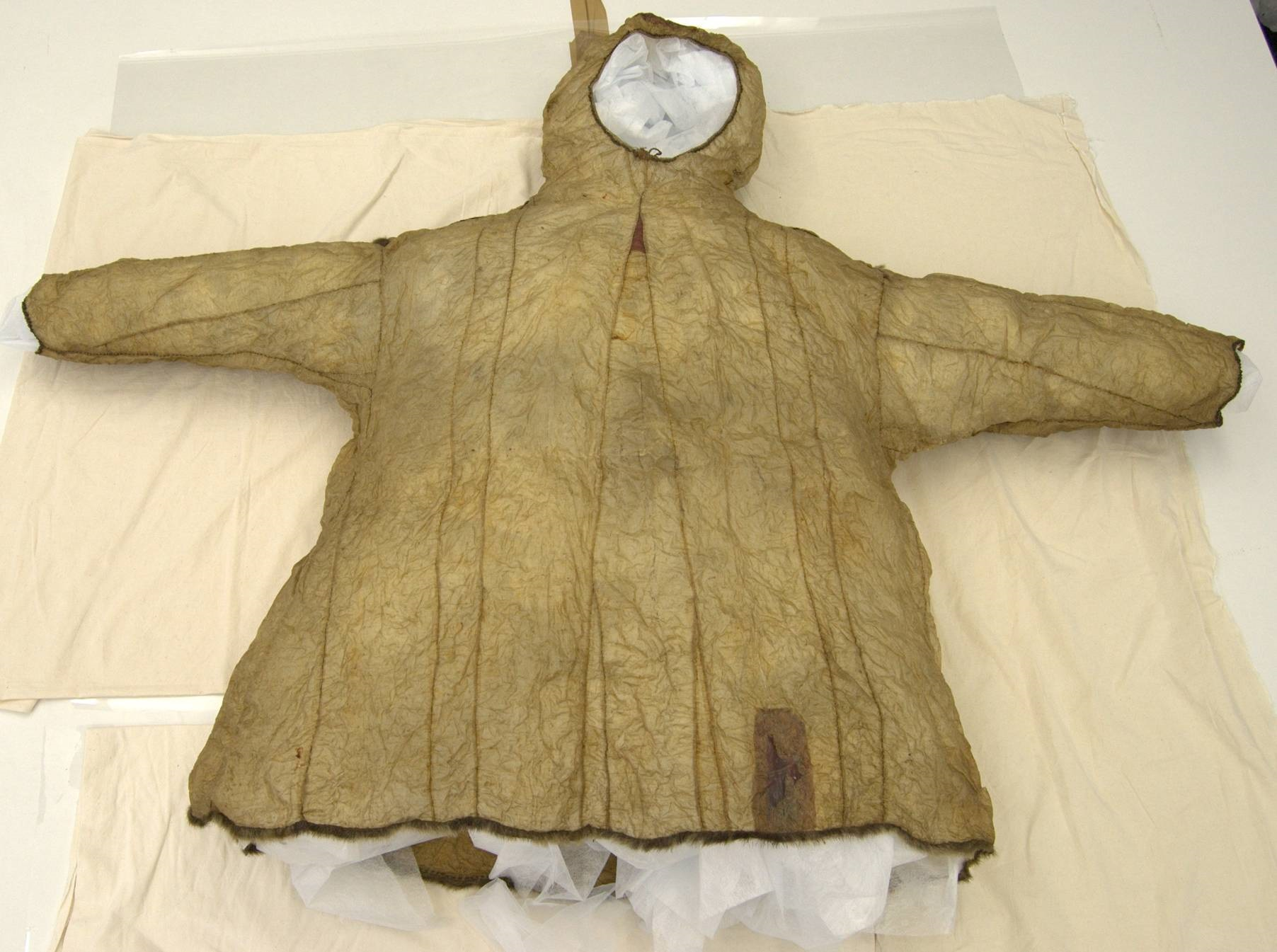 Fig. 6 The parka opened out after humidification treatment