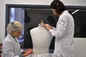 Nora Frankel and I padding up the mannequin © The University of Glasgow and Dumfries Museum.
